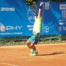 Parcurs bun pentru tinerii jucatori de tenis