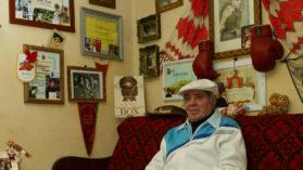 A castigat toate meciurile cu mana rupta! Povestea singurului pugilist roman campion olimpic!