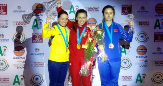 Laura Ilie-Coman a luat medalia de argint la Cupa Mondiala de tir sportiv de la New Delhi! Va termina sezonul in primele 3 din lume!