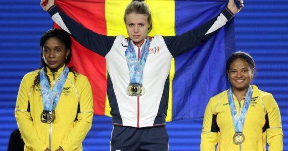 """Femeia fantastica"" domina 2 stiluri la haltere! 3 medalii la Campionatul Mondial din SUA, dupa inca 3 titluri continentale si alte 5 medalii!"