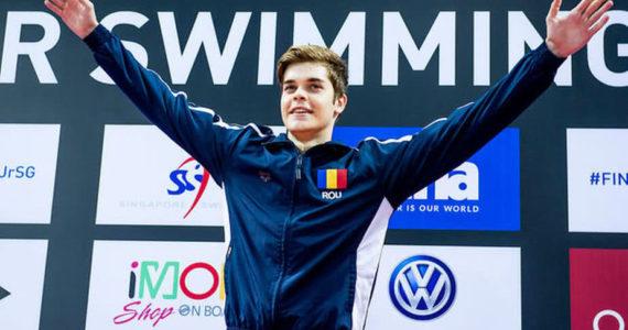Patru sportivi romani vor participa la Campionatele Mondiale de inot in bazin scurt